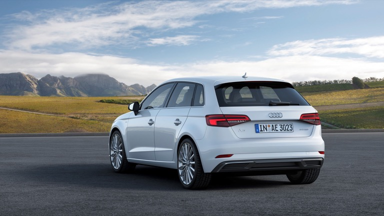 Audi A3 Sportback E Tron 2016 2018 Prijs En Specificaties Ev