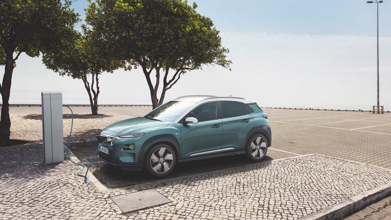 Hyundai Kona Electric 64 Kwh Prijs En Specificaties Ev Database