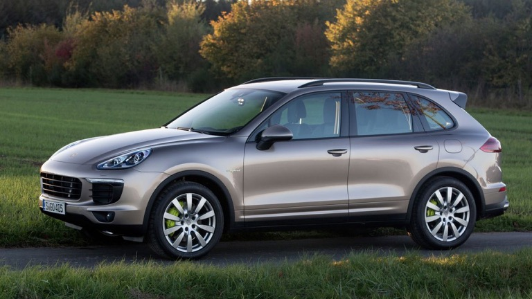 porsche cayenne s e hybrid 2014 2017 prijs en specificaties ev database. Black Bedroom Furniture Sets. Home Design Ideas