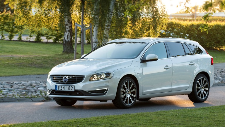 Volvo V60 D6 Awd 2015 2018 Prijs En Specificaties Ev Database